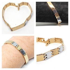 NWOT 14k white & yellow gold plated bracelet